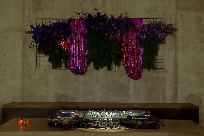floral installation berlin tinsel event design