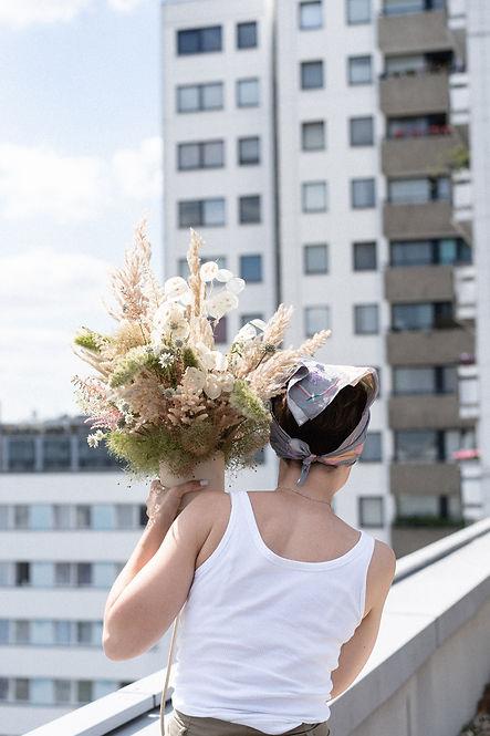 floral designer berlin building event design wishbone