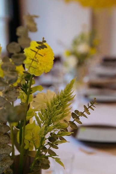 evevnt design berlin flowers yellow taube grau
