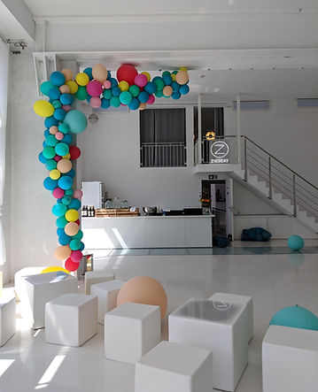 Balloon installation at Bridge studios berlin