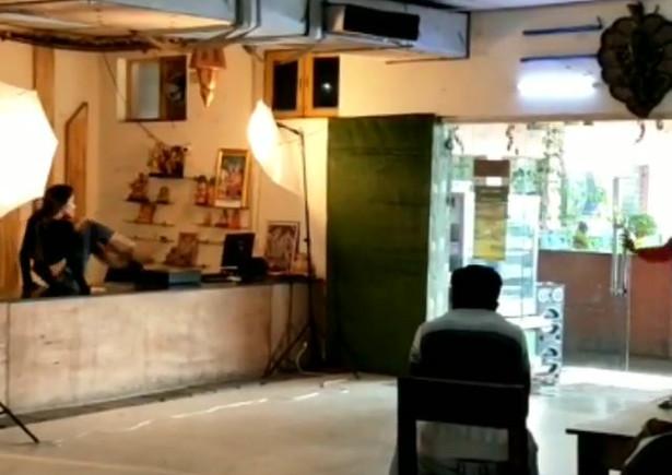Tik tok star Bhavya... Shoot mode on..behind the scene picture