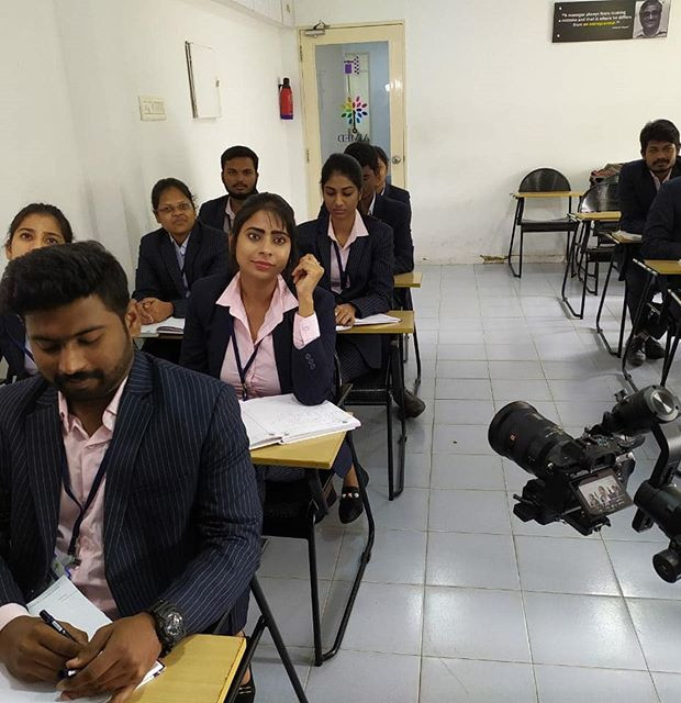 Educational shoot... Shoot mode on... @a