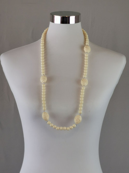 Long White Beaded Necklace with Rose Shaped Beads