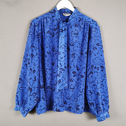 Pizzazz Blouse in Periwinkle