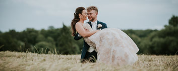 EPS Photography, Essex Wedding Photographer, Bride and Groom in corn field, Reportrage Documantry Photography
