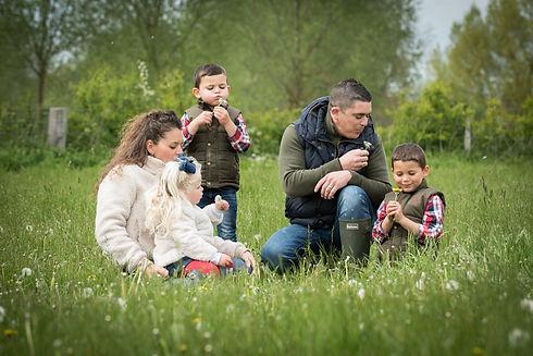 Picture Box Portraits Family Portrait Photographer.jpg