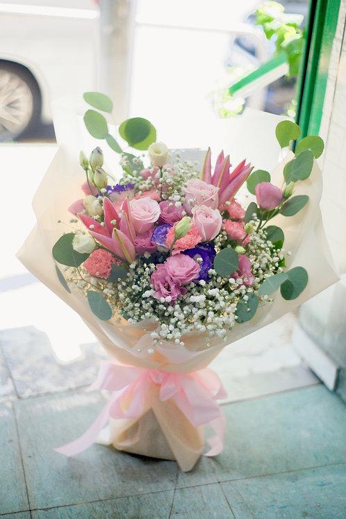 粉紅百合花束 Pink Lily Classic Bouquet PLYWB10