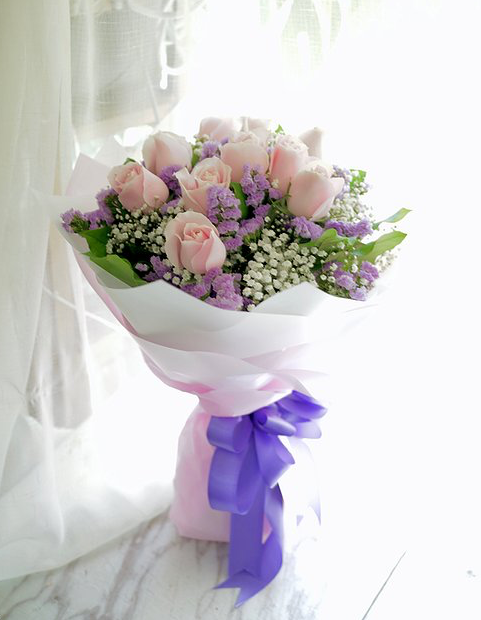 情人節精選 10枝淺粉紅玫瑰花束 10 Pale Pink Rose Bouquet VD-PPRE10R