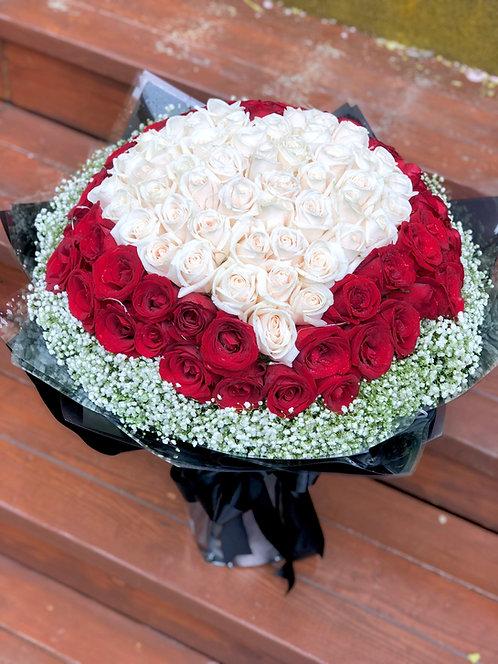 99/108 心形玫瑰花束 Heart Shape Rose Bouquet HTWHRE-GLBK99B