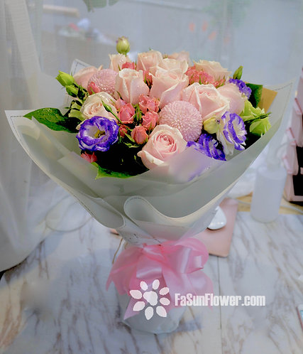10枝淺粉紅玫瑰花束 10 Pale Pink rose bouquet PP10RE