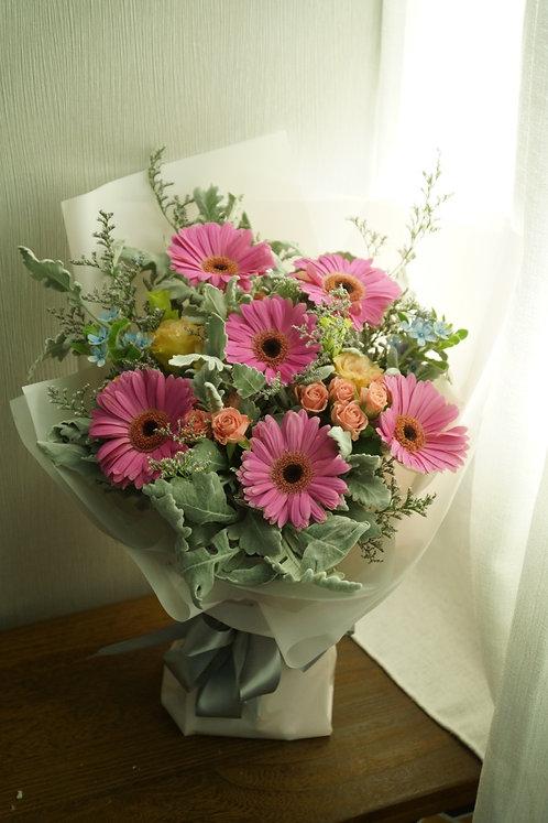 6 Gerbera Garden Style Bouquet 太陽花花束 GE610BS