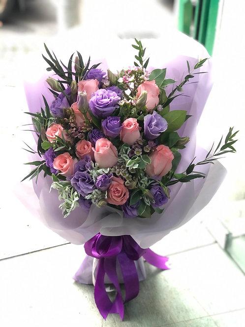 情人節10支粉紅玫瑰桔梗花束 10 Red Roses Bouquet VD-PKPU10