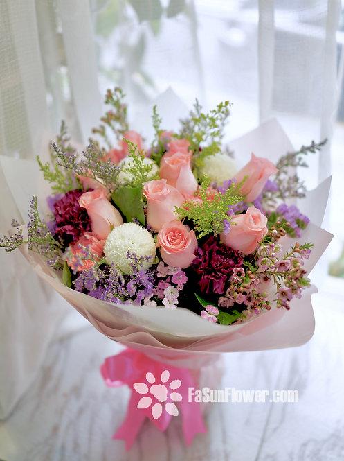 10枝粉紅玫瑰乒乓菊花束 10 Pink Rose Bouquet PKWP10
