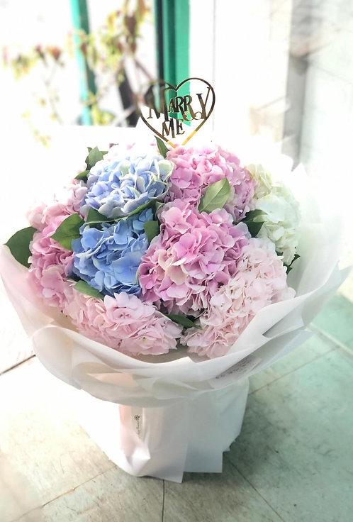 (必須預訂)荷蘭繡球花束 Nederland Hydrangea Bouquet  NHY10