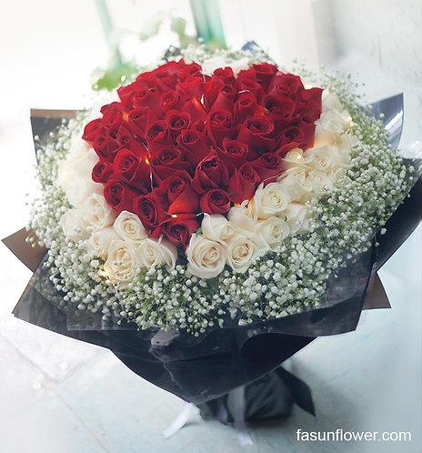 99/108 心形玫瑰花束 Heart Shape Rose Bouquet HTREWH-GLBK99B