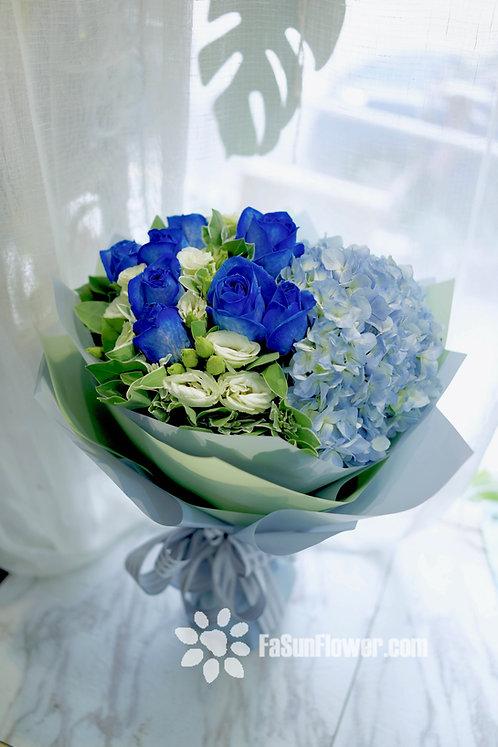 (必需預訂) 十枝藍玫瑰繡球花束 10 Blue Roses bouquet BURE101