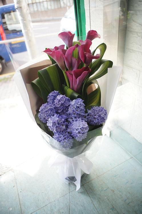 (必須預訂)風信子馬蹄蘭花束 Calla Lily Hyacinth Bouquet DPUCLHYA10