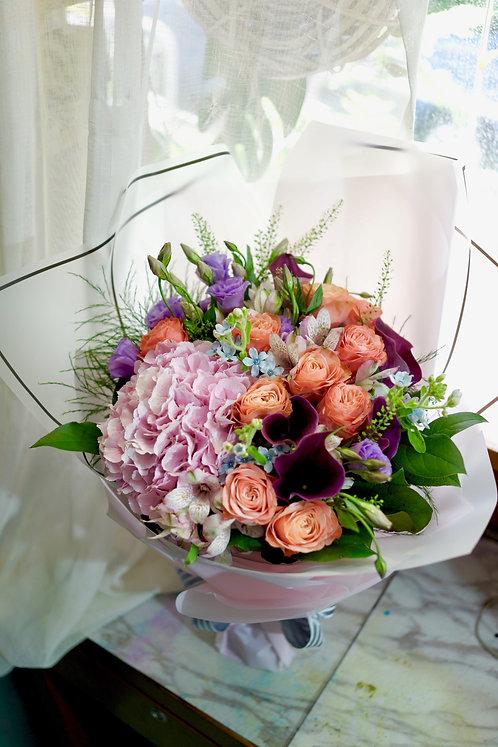 庭園玫瑰馬蹄蘭荷蘭繡球花束 Luxury Combination Bouquet LXGD10(必須預訂)
