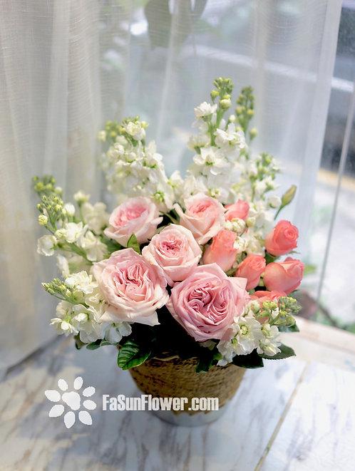 座枱鮮花擺設 Table Floral TT-RO-LP-01
