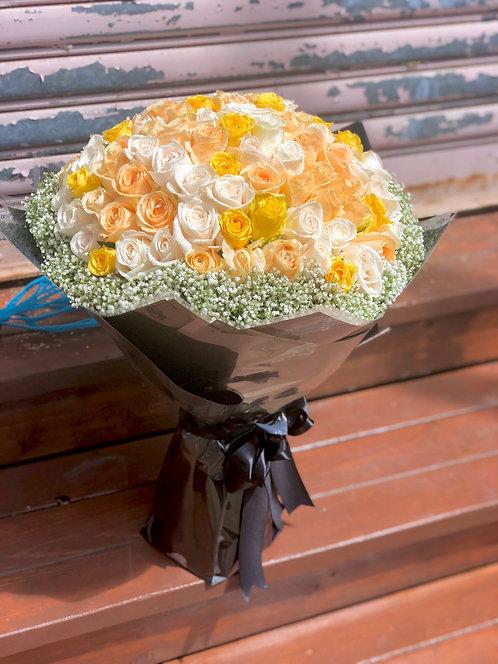 99/108 三色玫瑰花束 Rose Bouquet YLCPWH-GLBK99B