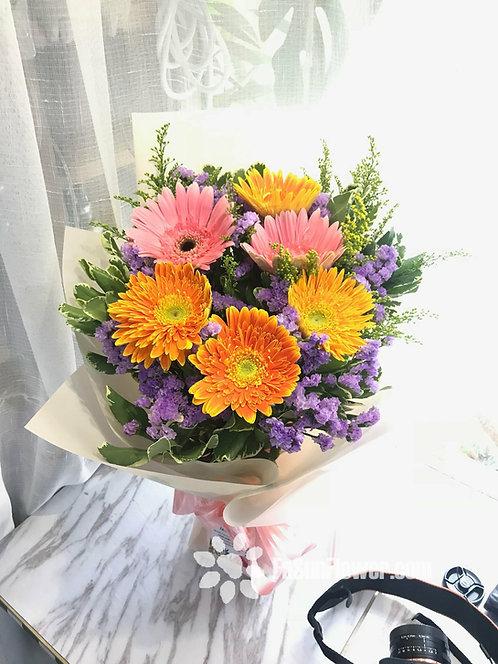 6 Gerbera Garden Style Bouquet GE602