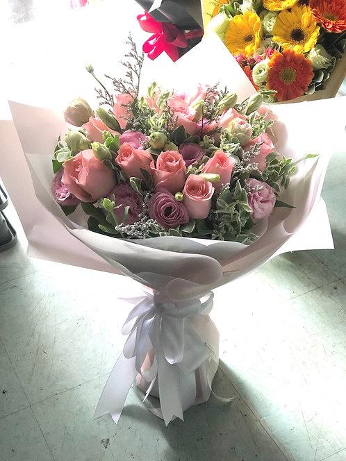 12枝粉紅玫瑰花束 12 Pink Rose Bouquet PKLB12