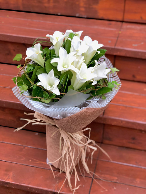 百合花束 White Lily Classic Bouquet LYWH10