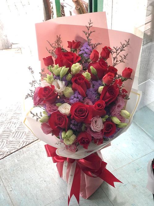 紅玫瑰桔梗花束 Red Rose bouquet RECBLP1