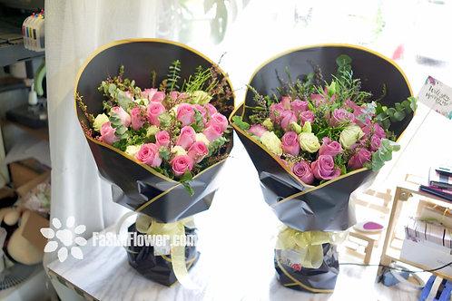20枝深粉紅色或紫玫瑰花束 20 rose bouquet LPGAR20B