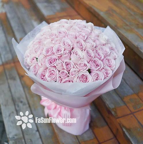 99/108 淺粉紅雪山玫瑰花束(韓式包法淺粉紅色花紙) Pale Pink Roses Bouquet PP-PK99