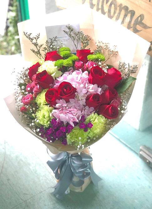 紅玫瑰繡球花束 Red roses hydrangea bouquet REMRHY11