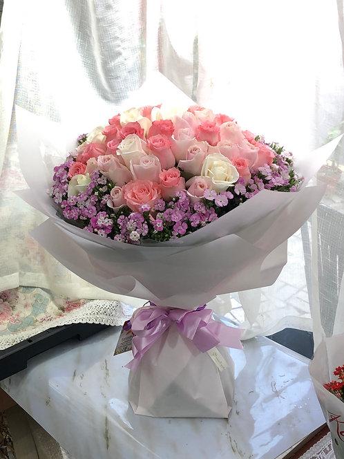 51枝粉紅/白/淺粉玫瑰求婚花束  51 Pale Pink/Pink/White Roses bouquet PPPKWH-TRPK51F