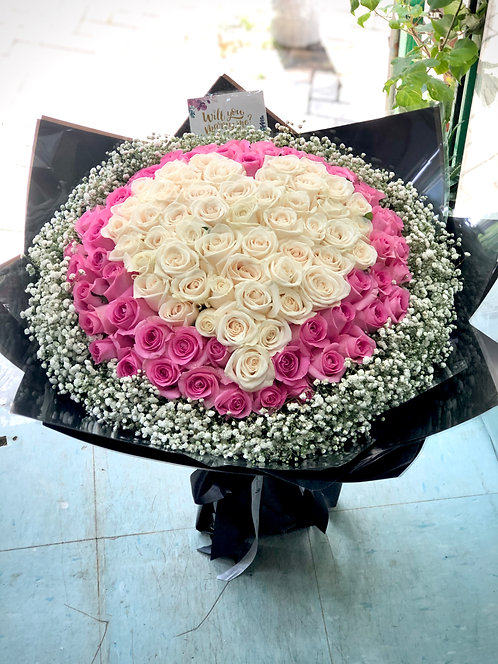 99/108 心形玫瑰花束 Heart Shape Rose Bouquet HTWHDP-GLBK99B