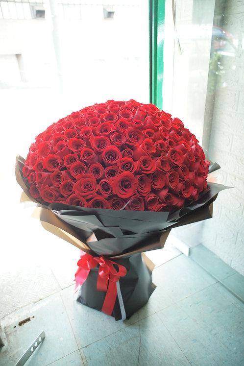 210枝紅玫瑰花束 Rose Bouquet RE-BK210