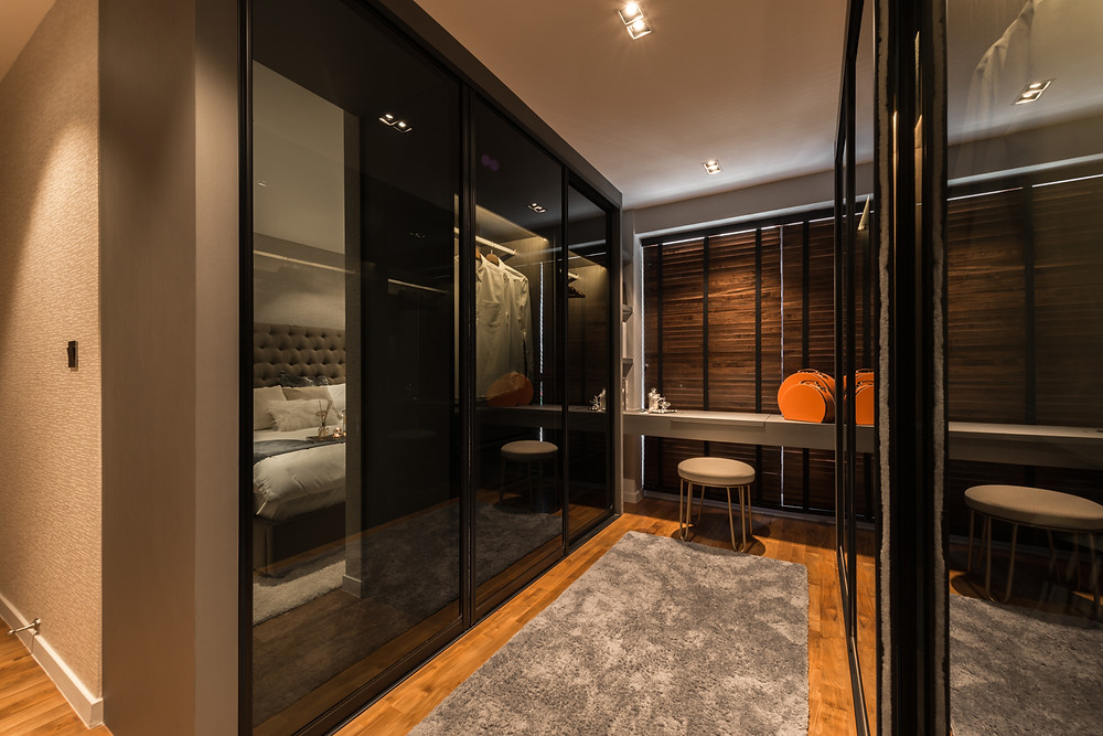 Houzz Award Winning Walk in Wardrobe in Singapore @ SkyTerrace