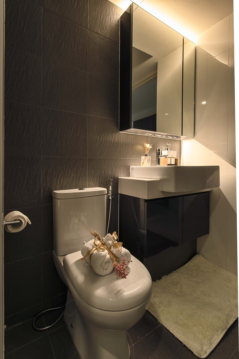 Mr Shopper Studio | Relaxing HDB Apartment Bathroom