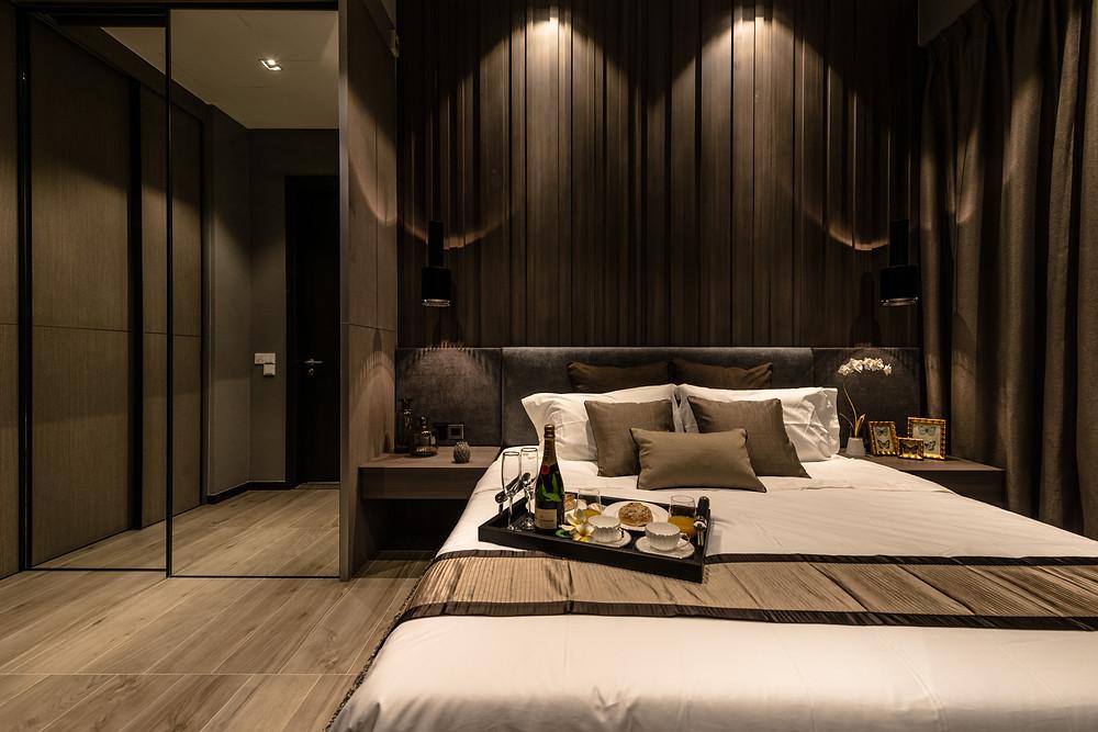 Mr Shopper Studio, The Siena with Loft, Modern Resort Holiday Home.