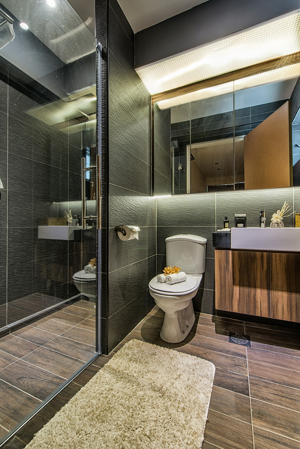 Mr Shopper Studio | Amazing HDB Apartment Bathroom