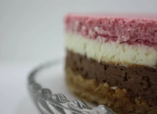 Chocolate Vanilla Strawberry Neapolitan Cheesecake