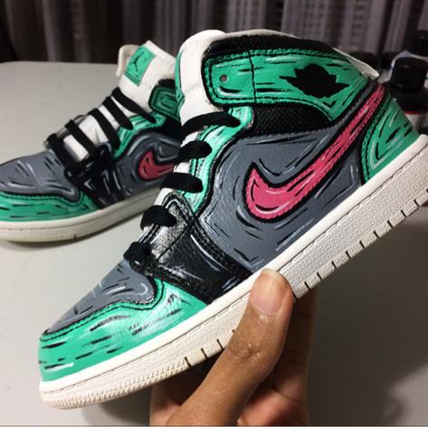 gigi rodgers puckn khaos sneaker custom2
