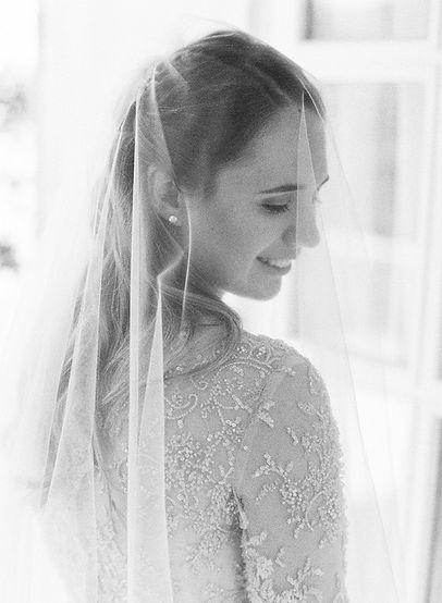 Luxury bride veil getting ready