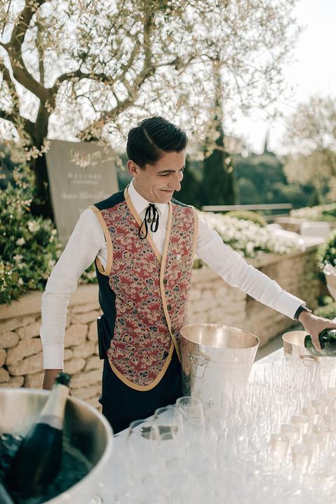 MarieTomas_Bastide_de_Gordes_Wedding (31