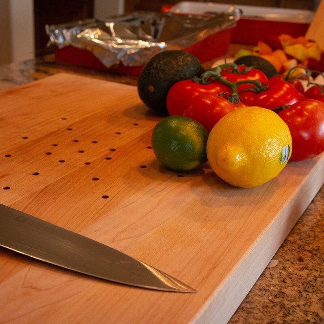 Our board is made of edge grain wood, perfect for keeping the edge of your knife sharp and undamaged.