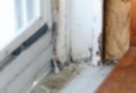 Airborne lead from weathered paint