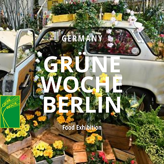 Gruene_Woche-berlin-trabant-car-filled-with-vegetables