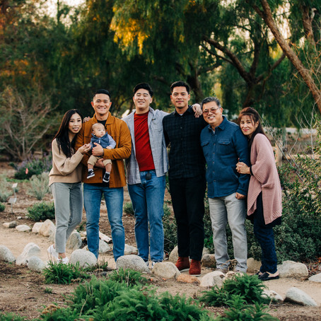 Sunset Extended Family Portraits in Orange County, by Lana Tavares, 222 Photography