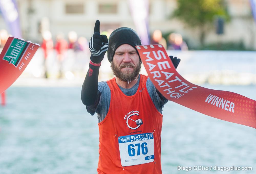 20141130-Seattle-Marathon2014-1.jpg