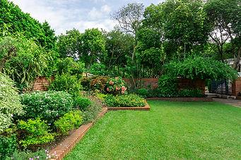 bigstock-Beautiful-English-Cottage-Gard-