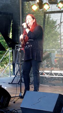 Melanie Wilson (Firsdown Festival)