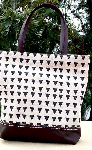 CREAM   CANVAS   -   TOTE